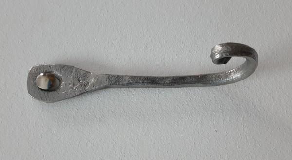 blacksmithing-coat-hook